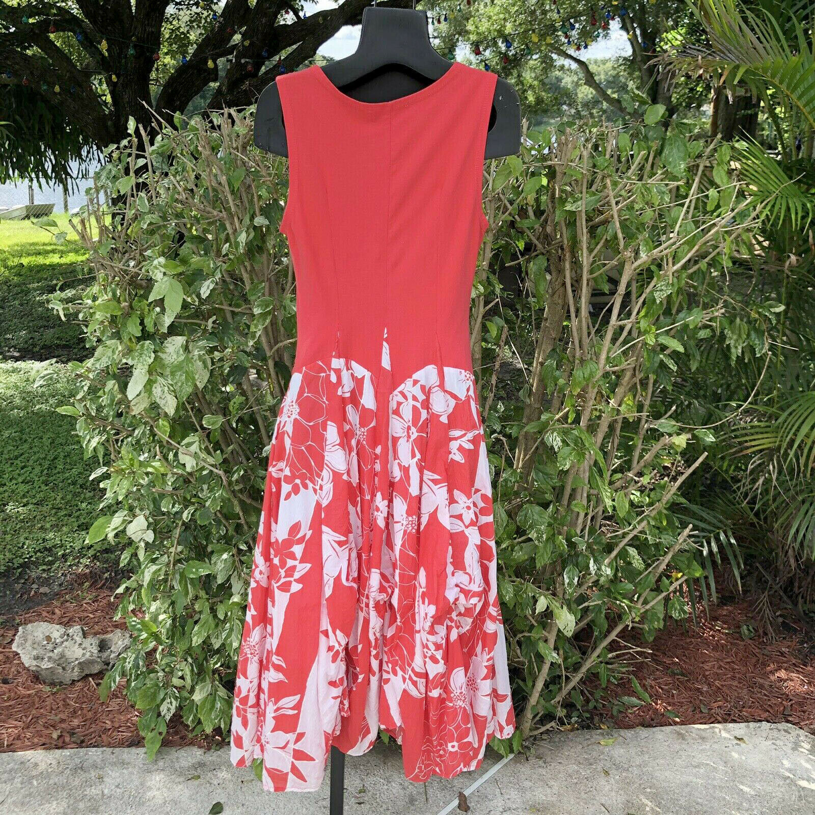 Vasna Desire Sleeveless Fit Flare Dress Size Small Coral White Floral Hawaiian image 4