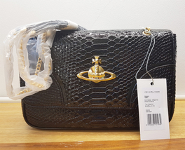 Authentic Vivienne Westwood Frilly Snake Black 5988V Crossbody Clutch Ha... - $5.060,57 MXN
