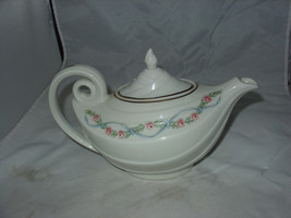 """Vintage HALL CHINA """"WILDFIRE"""" Pink Floral Roses Aladdin Teapot - $12.00"""