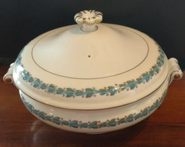 "Wedgwood APPLEDORE Round Covered Vegetable Bowl 9.75"" MINT - $177.65"