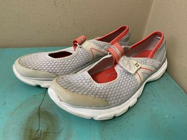 Bzees Naturalizer Boardwalk Mary Jane Comfort Walking Shoe Sz 7.5 Gray/Coral - $19.34