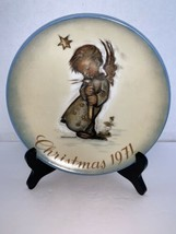 Vintage Hummel Christmas Plate Limited First Edition 1971 West Germany - $7.50