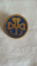 ANTIQUE VINTAGE GS GIRL SCOUTS OF AMERICA UNIFORM PIN, WORLD TREFOIL, OF... - $4.94