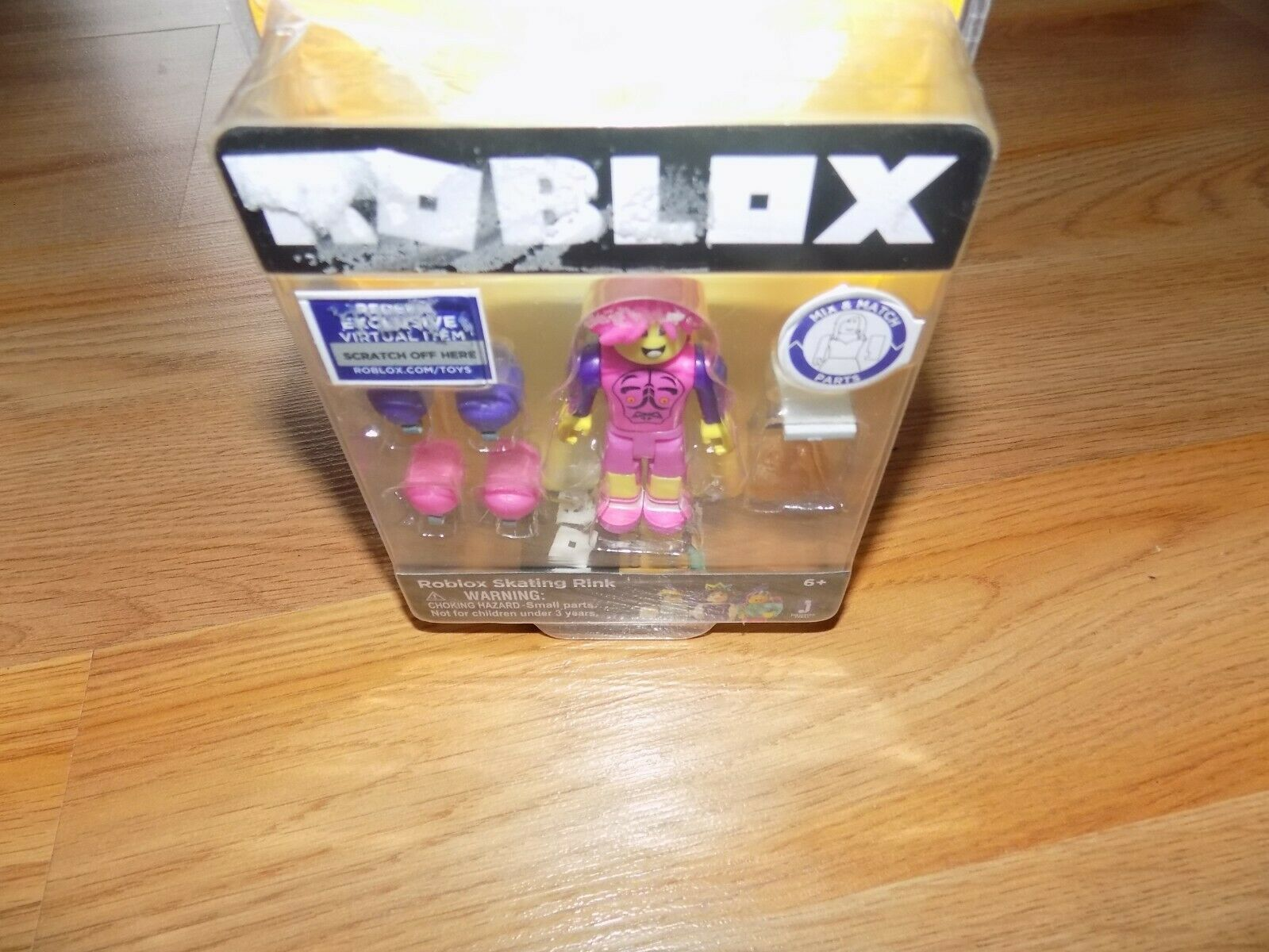 Roblox Skating Rink Action Figure Toy Mix & and 50 similar items