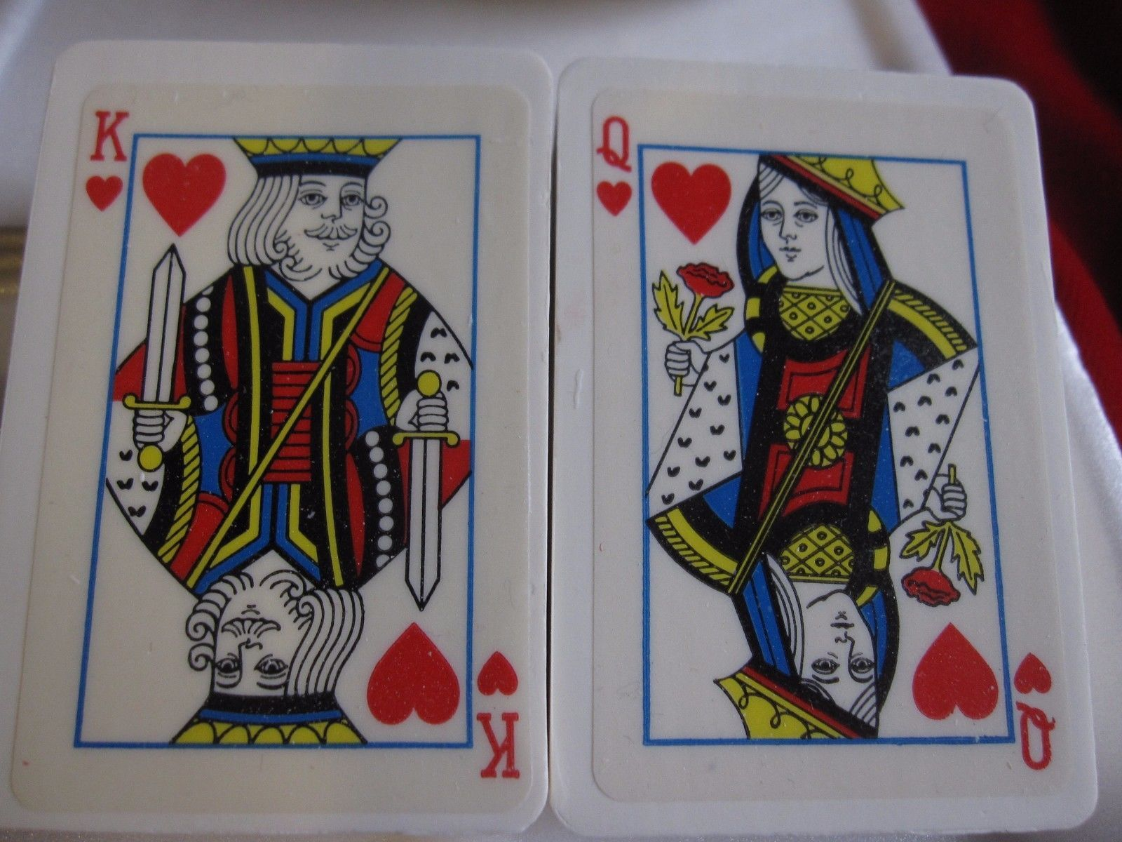 VINTAGE HOSTESS SOAPS ROYAL HEARTS KING & QUEEN PLAYING CARDS
