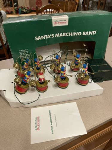 Mr Christmas Santa's Marching Band 8 Soldier Bells Plays 35 Christmas Songs - $197.95