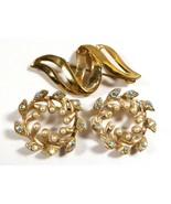 VTG LOT OF 3 GOLD TONE METAL PEARL FAUX CRYSTAL WREATH RIBBON  PIN BROOCH - $25.74