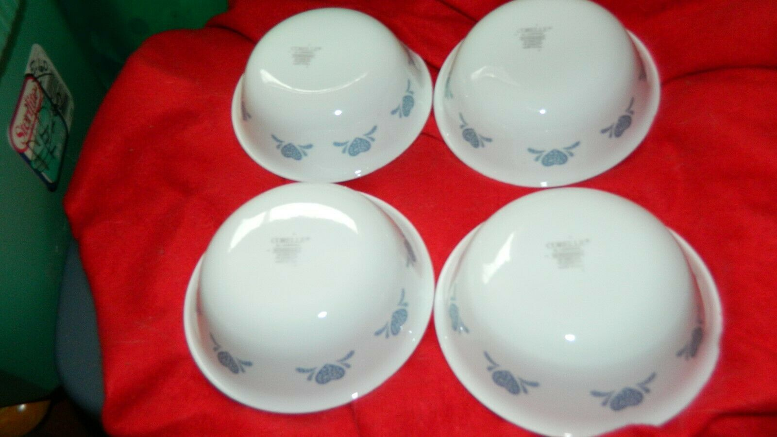 Primary image for CORELLE BLUE HEARTS SOUP/CEREAL BOWLS 18 OUNCE GENTLY USED x 4 FREE USA SHIP