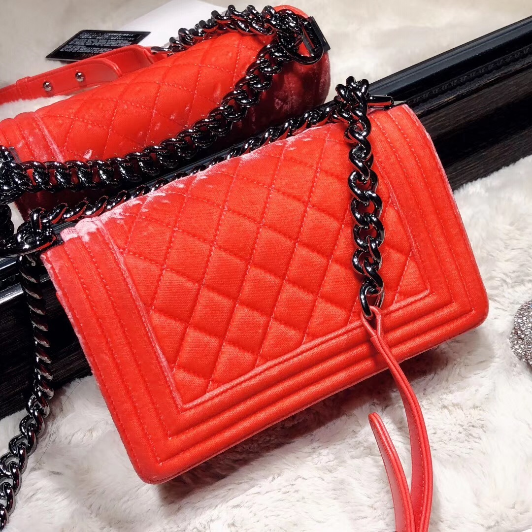 100% AUTHENTIC CHANEL CORAL VELVET QUILTED LAMBSKIN SMALL BOY FLAP BAG SHW
