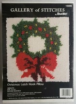 "Bucilla Wreath Christmas Latch Hook Pillow Kit 10""x10"" Vintage Pattern 1... - $24.74"