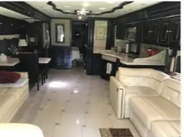 2013 TIFFIN MOTORHOMES ALLEGRO BUS 45 LP For Sale In Highlands, TX 77562 image 2