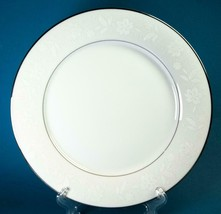 4 Noritake Ranier Dinner Plates 6909 Fine China White Flowers Platinum Trim - $39.99
