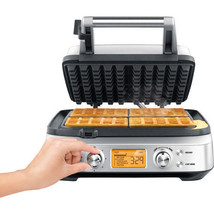 Breville - the Smart Waffle 4 Square with No Mess Moat - Waffle Maker - €282,59 EUR