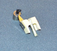 Genuine PICKERING V-15 Micro IV-AC  D IV AC  607-D7C TURNTABLE NEEDLE image 2