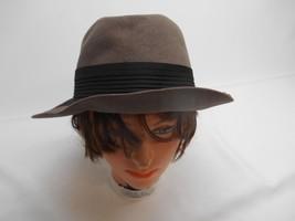 Old Vintage WOMEN'S GRAY & BLACK HAT Fashion Accessories Size 7 1/4 - $19.79