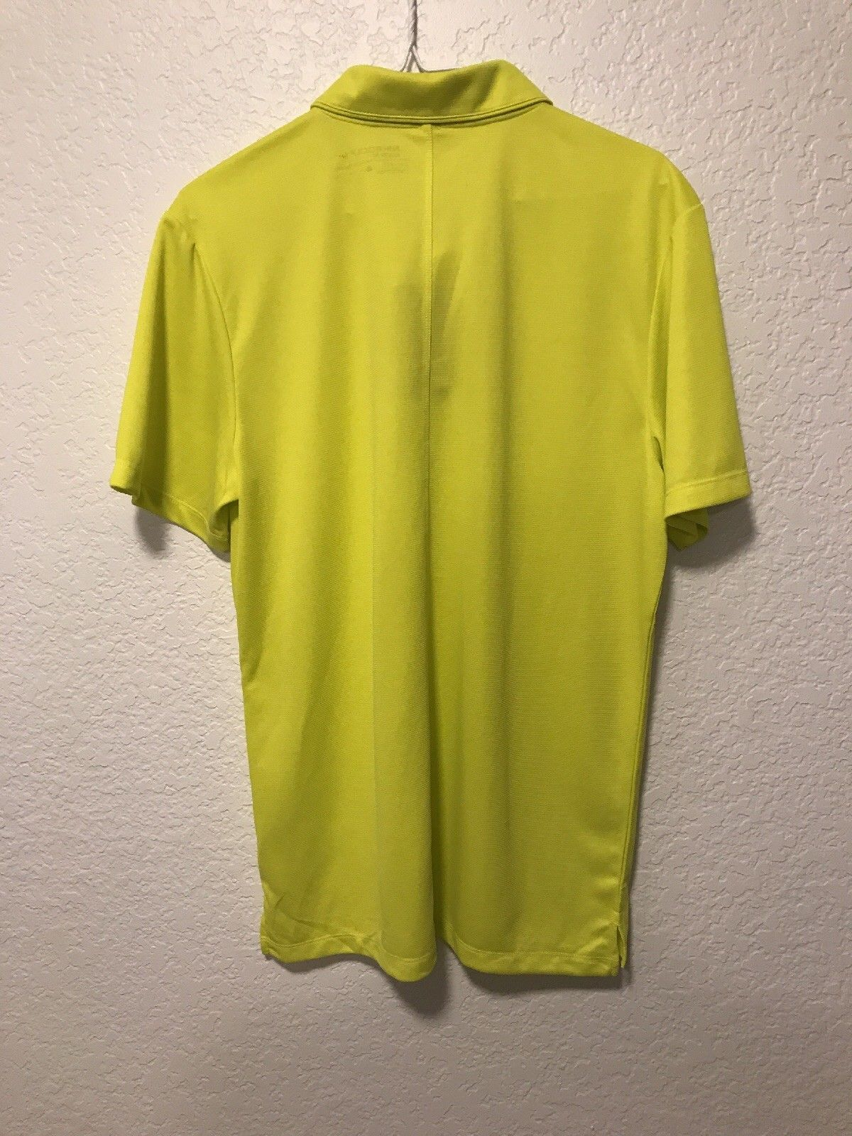 51aac6f29 NWT Nike Ultra 2 Slim Fit Golf Polo Blade Size Medium Color Yellow 850698- 358