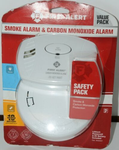 First Alert 1042407 Smoke Alarm and Carbon Monoxide Alarm White Safety Pack