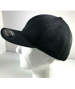 The Original Flexfit Hat Black Yupoong Baseball Cap Size L - XL - $26.68