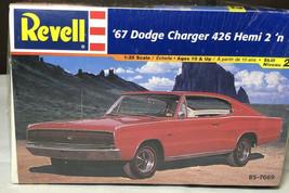 Revell 1967 Dodge Charger 426 Hemi 1:25 Model - $28.98