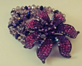 VINTAGE PINK AND RED RHINESTONE FLOWER BEADED STATEMENT STRETCH BRACELET - $17.31