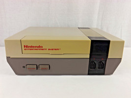 Original NES Nintendo 1985 NES-001 Console - For Parts Repair #4 - $15.00