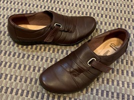 CLARKS COLLECTION SOFT CUSHION FLATS 7.5 M SLIP ON BROWN LEATHER LOAFER ... - $19.80