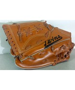 Minnesota Twins McDonald's Souvenir Youth Glove 1980's Model 2525 Displa... - $14.69