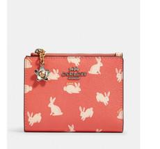 ❤️NWT Coach Snap Card Case Bunny Script Print 91200 wallet wristlet coin... - $51.95