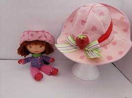 Strawberry Shortcake Doll Winter Bandai 2004 & Matching Light Up Childs Hat - $9.79