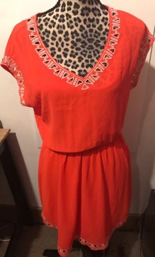 Lush Contemp Casual Embroidered Cutout Detail Elastic Waist VNeck Dress Small D8