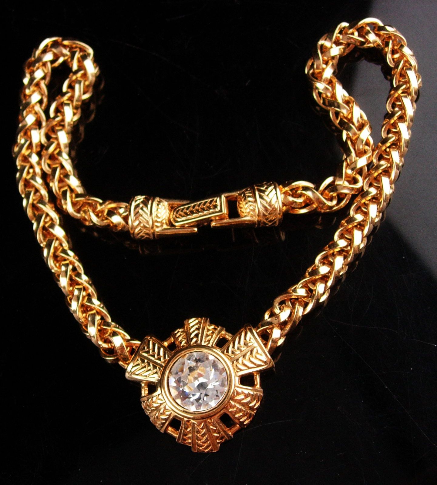 Vintage huge chain necklace - Large gold rhinestone choker - unsigned costume je