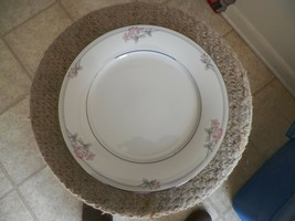 Noritake dinner plate (Tarkington) 10 available - $5.05