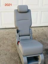 2021 2020 2019 2018 Honda Odyssey Middle Seat Jump Seat Leather Light Gray  - $454.41