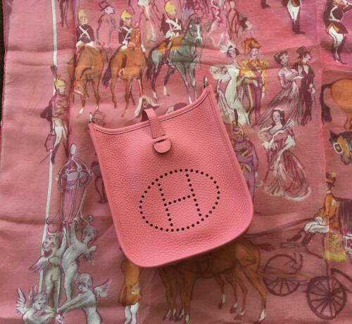 NEW-Auth HERMES Rose Azalea Clemence Evelyne Mini TPM Messenger/Shoulder Handbag image 2