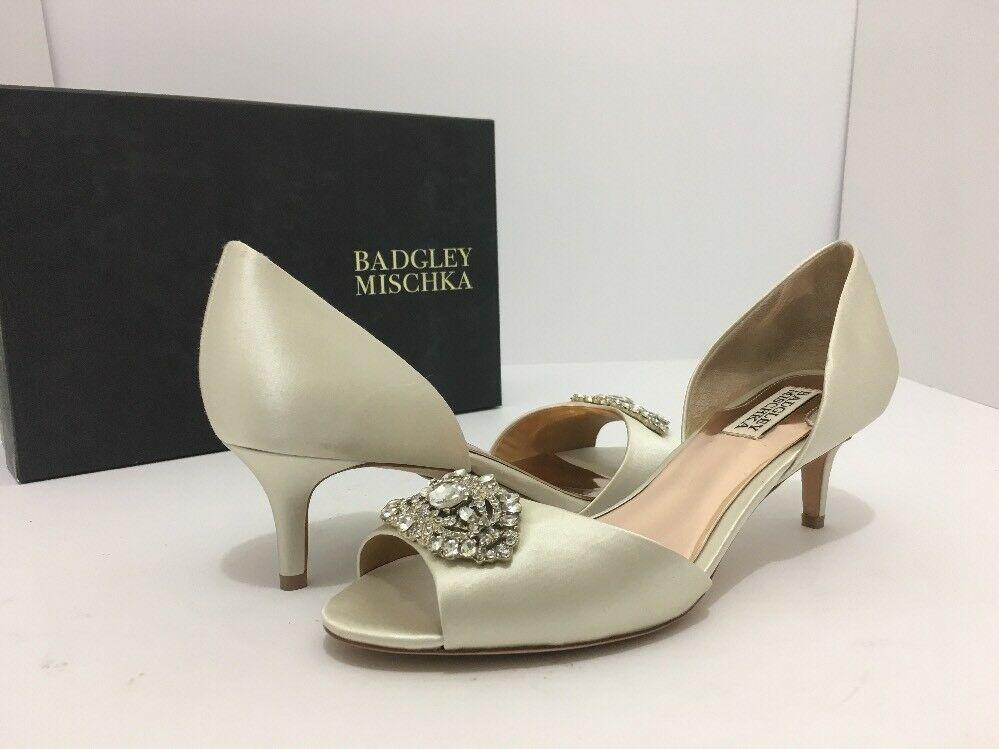 Badgley Mischka Petrina Ivory Satin Women's Evening Heels Pumps Size 8 M