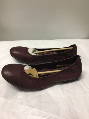 BORN Rozalee Leather flats, Burgundy, sz. 6.5
