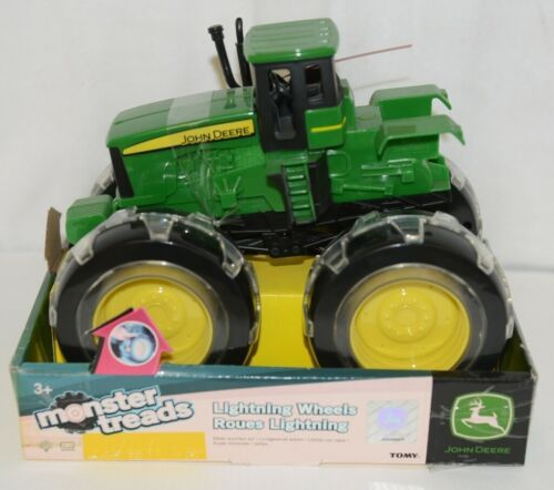 John Deere LP53324 Monster Treads Lightning Wheels Tractor