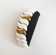 Vintage Signed Napier Jewelry Pat Pending White Enamel Clasp Bracelet 7.... - $14.95