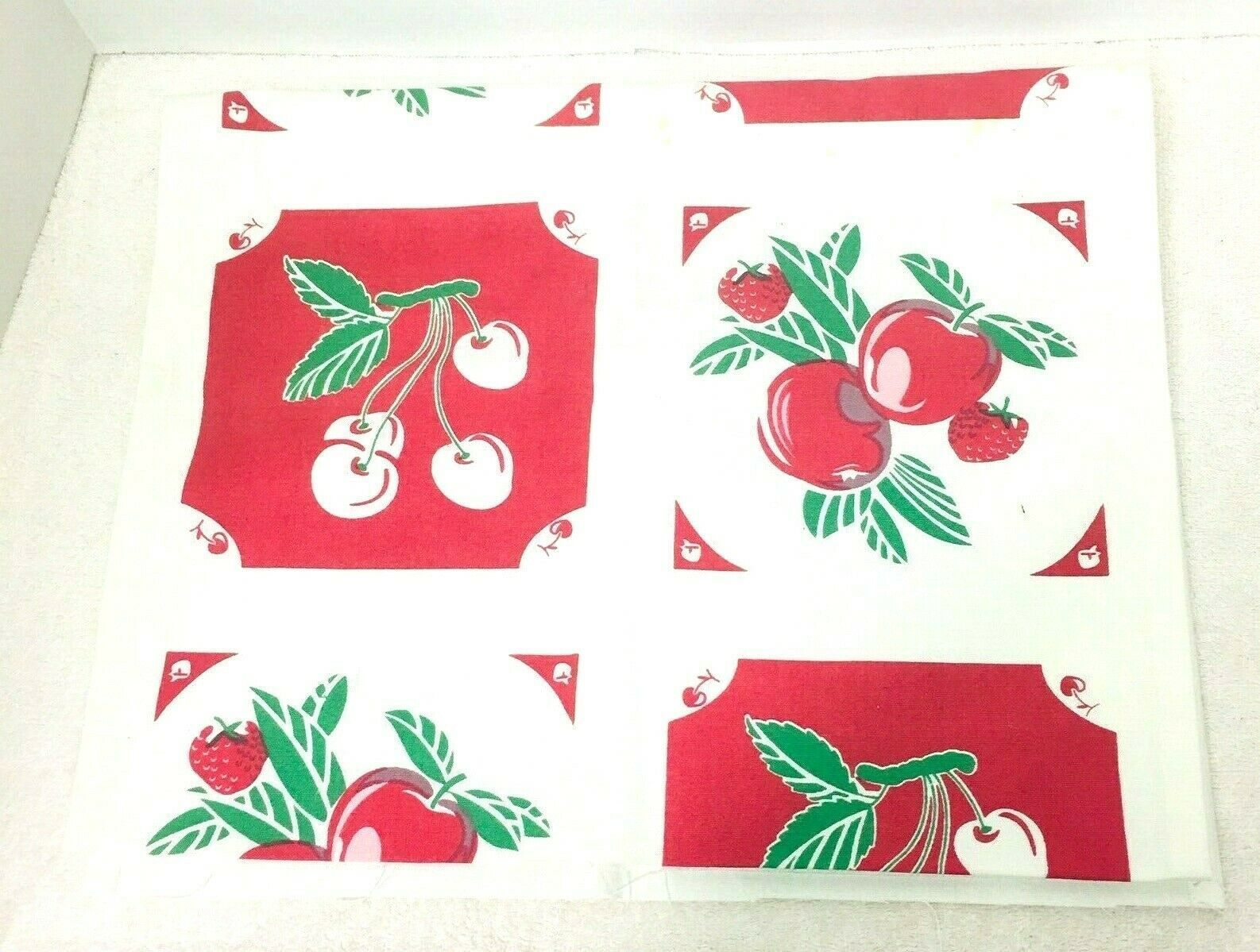 Reproduction Kitchen Toweling Towel Fabric Unsewn Red Cream Green Cherries Apple image 7