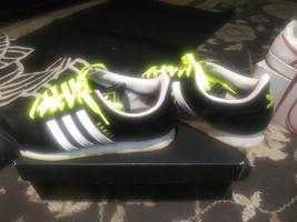 Adidas Samoa Men Leather Shoes Black with three white stripes Size 11,5 - $59.99