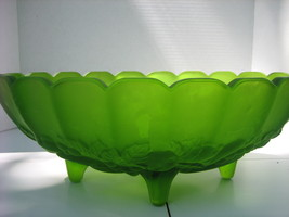 Vintage INDIANA GLASS CO. Frosted Lime Green Fruit & Centerpiece Fluted ... - $65.00
