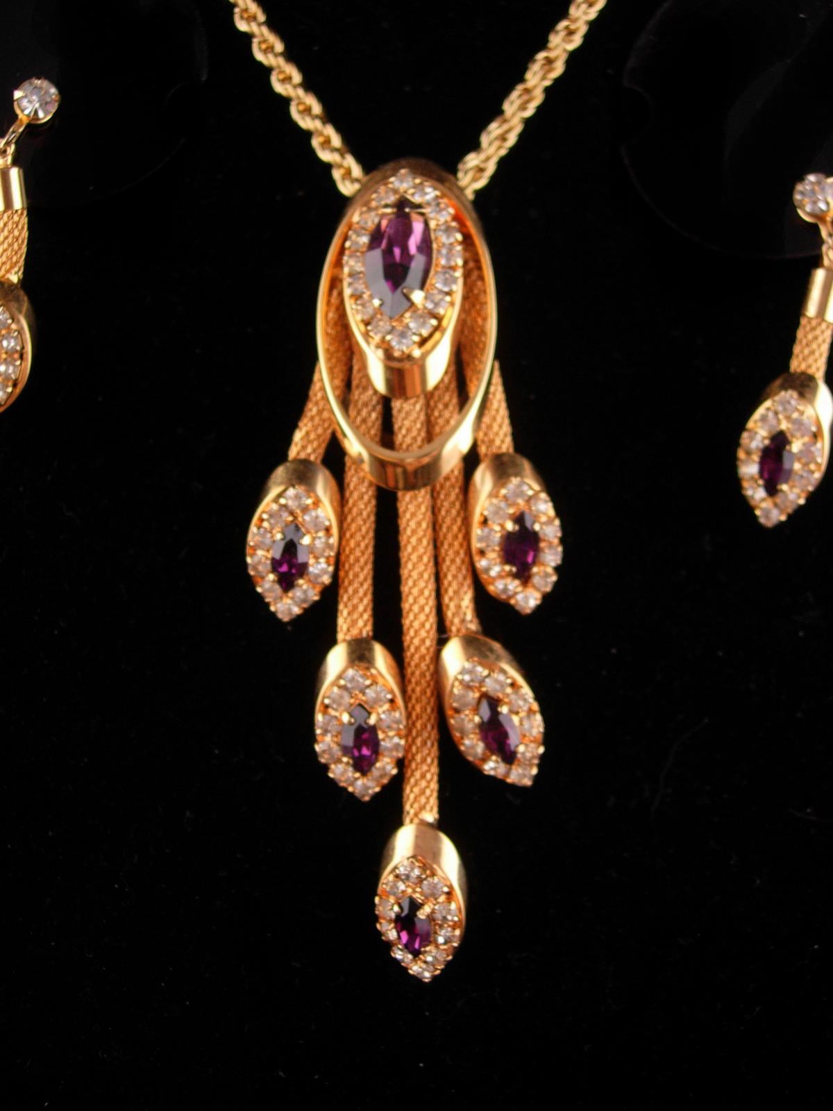 Stunning Vintage rhinestone necklace set - Purple tassel drops - amethyst rhines