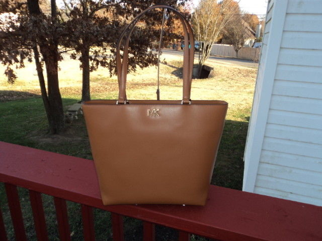 c160bf890747 57. 57. Previous. Authentic Michael Kors Mott Medium Tote Calf Leather  Acorn New With Tag · Authentic Michael ...