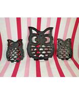 Kitsch Vintage 3pc Set of Black Cast Iron Owl Footed Trivet Hot Plate Se... - $20.00
