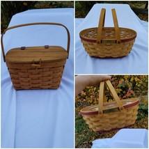 Longaberger Lot X 2 Baskets:2004 Christmas,1994 Purse - $27.72
