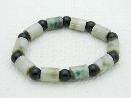 Vintage Green Aquamarine Black Glass Bead Beaded Stretch Bracelet - $39.60