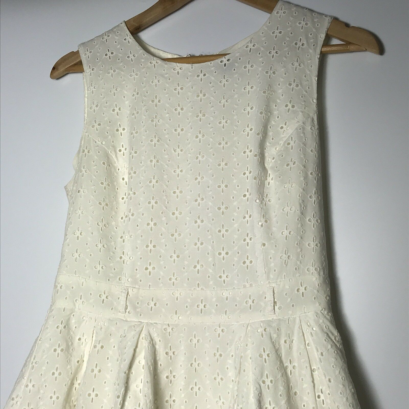Forever 21 Women Size Medium Ivory Fit and Fare A-line Dress  image 3