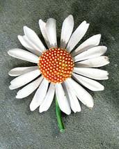 Vintage Signed ART Spring Daisy Flower Brooch White Yellow Green Enamel - $15.00