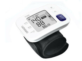 New Omron Wrist Blood Pressure Monitor HEM-6181 DELUXE FREE SHIPPING WOR... - $88.19