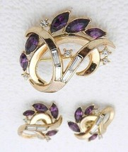 VTG 1940s CROWN TRIFARI Purple Rhinestone Flower Wreath Brooch Earrings - $123.75